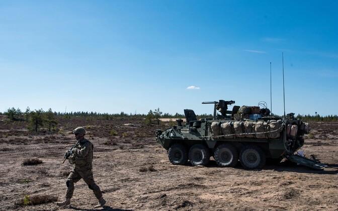 USA sõdur ja soomuk Stryker käesoleva aasta mais Soomes toimunud õppusel.