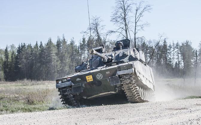 Hollandi mehhaniseeritud jalaväekompanii harjutamas keskpolügoonil Kevadtormiks.