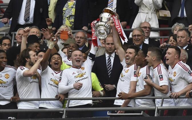 Inglismaa karikavõitjaks tulnud Manchester United