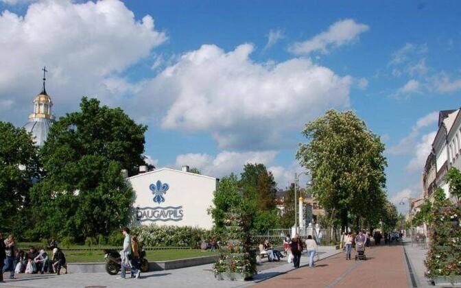 Визитная карточка Даугавпилса - Рижская улица.
