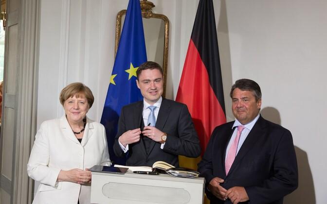 Vasakult: Saksamaa liidukantsler Angela Merkel, Eesti peaminister Taavi Rõivas ja Saksamaa asekantsler Sigmar Gabriel.