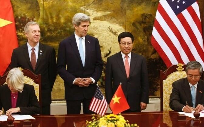 USA ja Vietnam allkirjastasid kokkuleppe USA rahukorpuse lubamiseks Vietnami