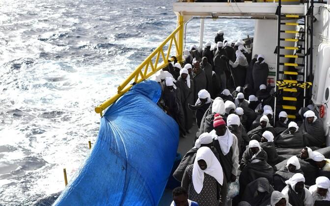 Üleeile Vahemerel päästetud põgenikud.