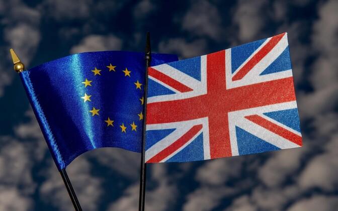 Euroopa Liidu ja Suurbritannia lipp.
