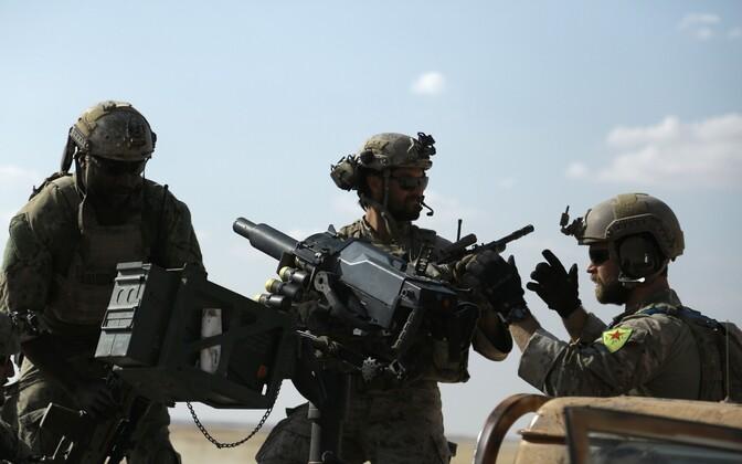 USA sõdurid ja kurdidest liitlased Raqqa provintsis.