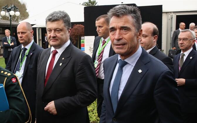 Petro Porošenko ja Anders Fogh Rasmussen.