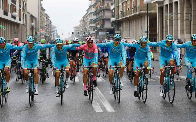 Vincenzo Nibali ja Astana jalgrattameeskond