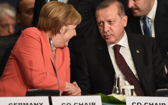 Saksa kantsler Angela Merkel ja Türgi president Tayyip Erdogan.