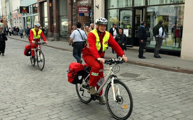 Kiirabi jalgrattapatrull.
