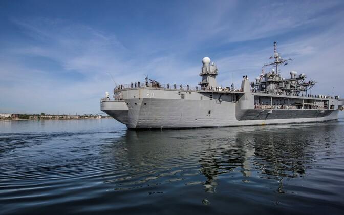Õppusel Baltops osalev USA 6. laevastiku lipulaev USS Mount Whitney Tallinna vanasadamas 2. juunil.