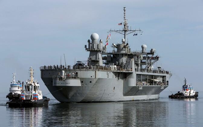 USS Mount Whitney saabumine Tallinna.