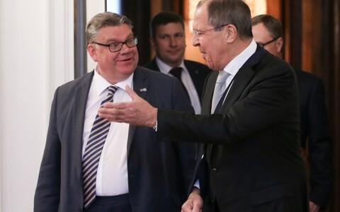 Министр иностранных дел Финляндии Тимо Сойни (слева) и министр иностранных дел России Сергей Лавров в Москве 06.06.2016.