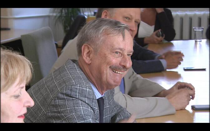 Siim Kallas sotside fraktsiooniga kohtumas.