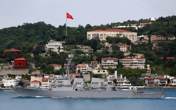 USS Porter DDG 78 eile Bosporuse väinas.