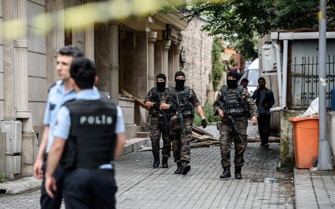 Türgi politseinikud ja eriüksuslased.