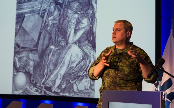 Commander of the Estonian Defence Forces, Lt. Gen. Riho Terras, speaking at a conference.