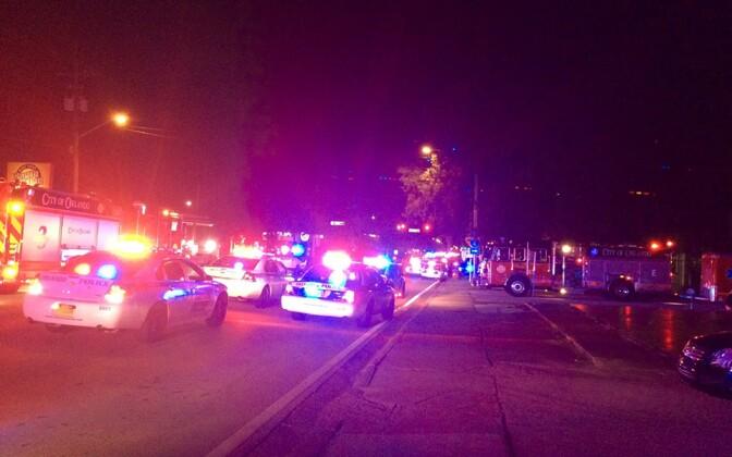Politseiautod pärast 12. juunil toimunud tulistamist Orlandos.