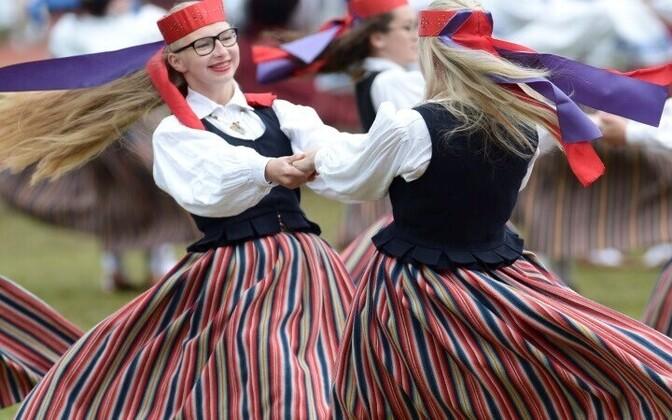 II Эстонский женский танцевальный праздник в Йыгева