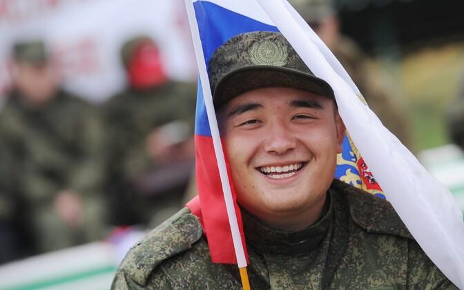 Vene sõjaväelane kindral Suvorovi nimelistel tankiväe õppustel