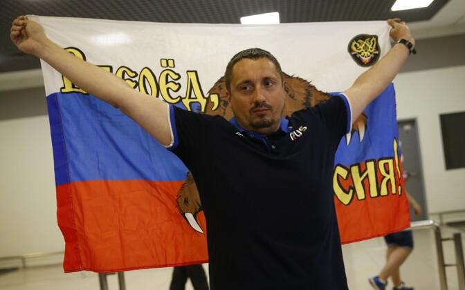 Aleksandr Šprõgin Šeremetjevo lennujaamas pärast Prantsusmaalt välja saatmist.