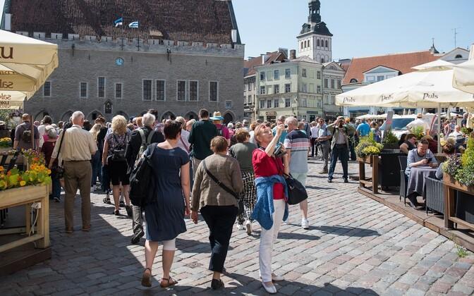 Enim tõmbab välisturiste jätkuvalt Tallinna vanalinn.