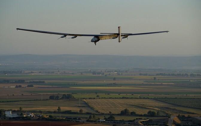 Solar Impulse 2 Sevillas maandumise eel.