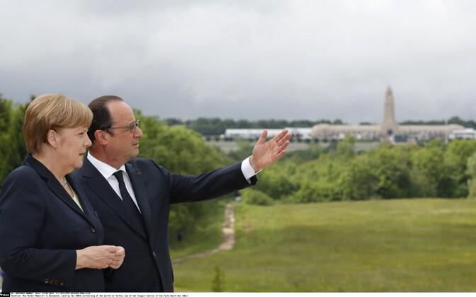Merkel ja Hollande.