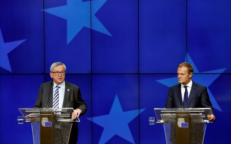 President of the European Commission Jean-Claude Juncker (left) and President of the European Council Donald Tusk (right).