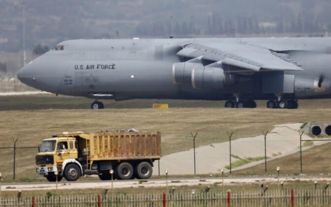 USA õhujõudude transpordilennuk Incirliki õhubaasis Türgis.