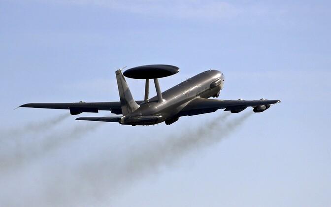 NATO AWACS-tüüpi eelhoiatuse ja õhuruumi juhtimise süsteemi lennuk.
