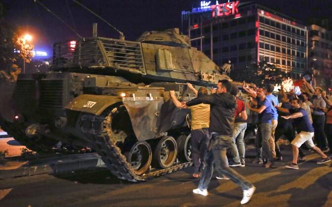 Попытка госпереворота в Турции в июле 2016 года.
