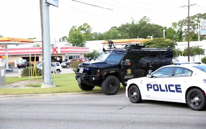 Tulistamine Baton Rouge'is.