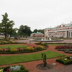 Дворцово-парковый ансамбль Кадриорг.
