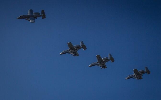 Ämari lennubaasis maandusid USA ründelennukid A-10.