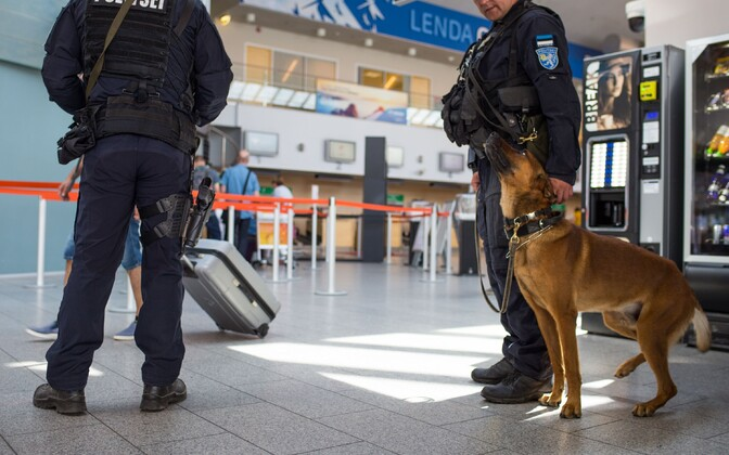 Police K9 unit patrolling Tallinn Airport on Monday. July 25, 2016.