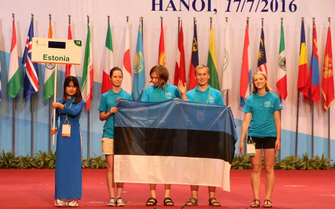 Eesti võistkond IBO avamisel.