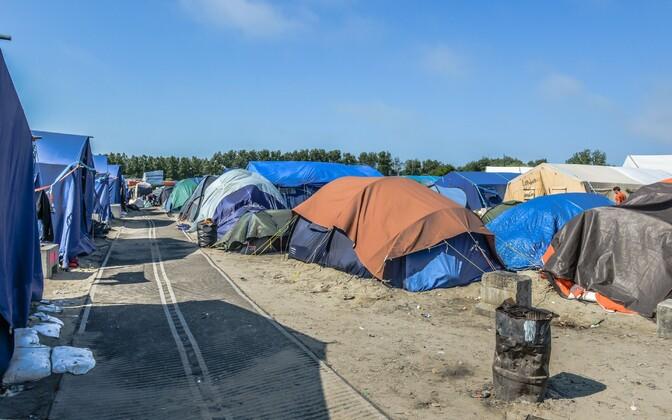 Calais laager.