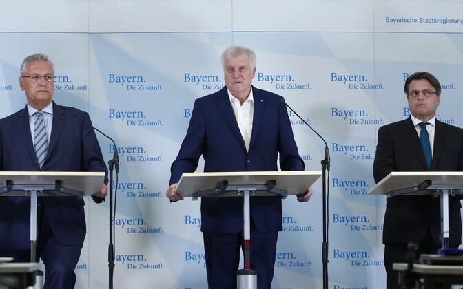 Baieri liidumaa siseminister Joachim Herrmann (vasakul) ja peaminister Horst Seehofer.