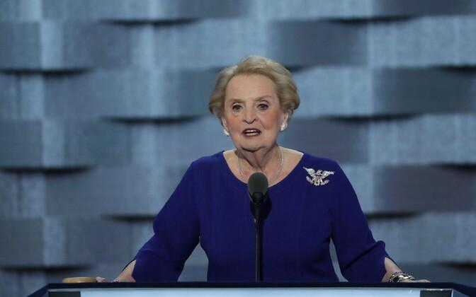 USA endine riigisekretär Madeleine Albright demokraatide parteikongressil.
