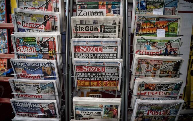 Türgi ajalehed.