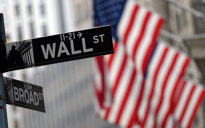 Wall Street New Yorgis.