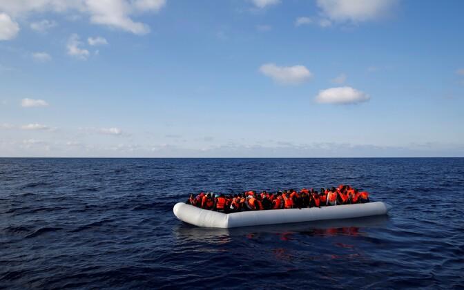 Migrandid Vahemerel.