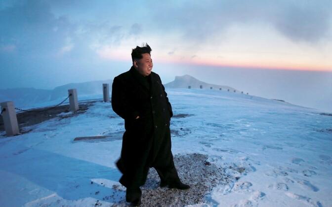 Põhja-Korea juht Kim Jong-Un Paektu mäel.