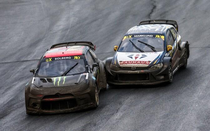 Anton Marklund (paremal) sõitis pärast finišit Petter Solbergile tagant otsa.
