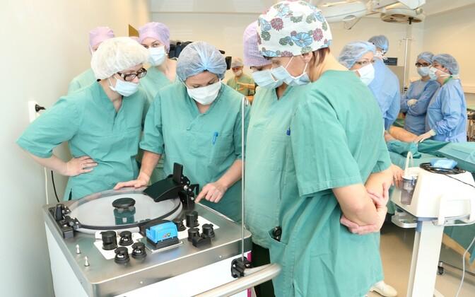 Surgeons and nurses. Photo is illustrative.