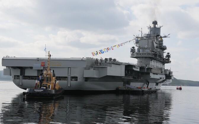 Venemaa sõjalaevastiku lipulaev Admiral Kuznetsov Severomorski lähistel.