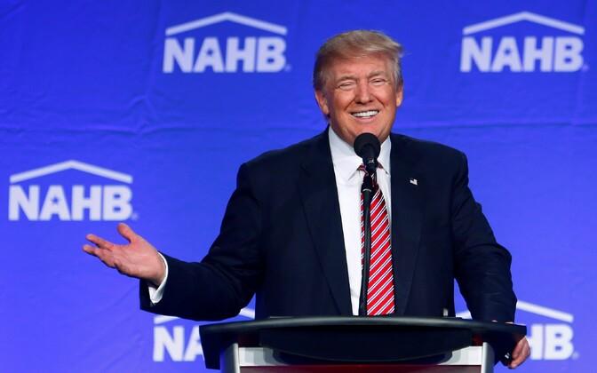 Trump 11. augustil Miami Beachi kampaaniaüritusel.