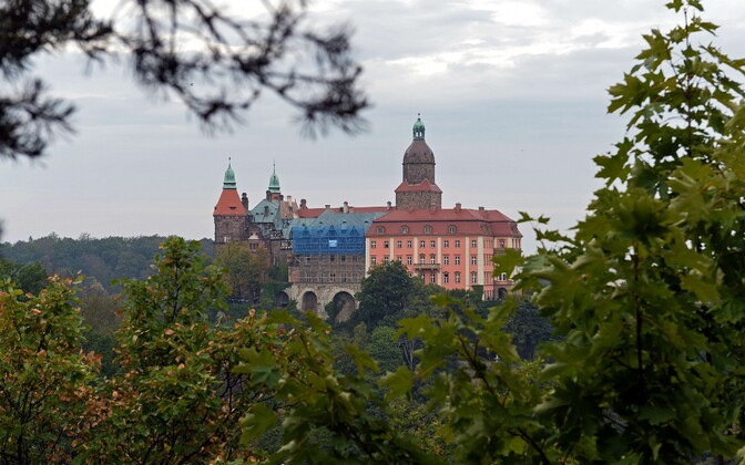 Książi loss Wałbrzychi linna lähistel.