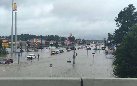 Üleujutus Denham Springsis, Louisianas.