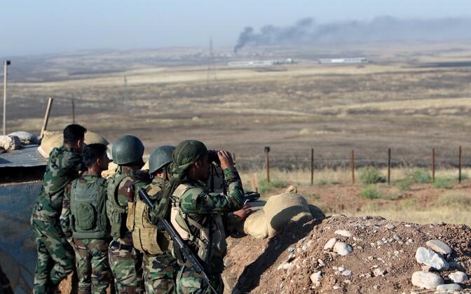 Pešmerga ehk Iraagi kurdide võitlejad Mosuli lähistel.